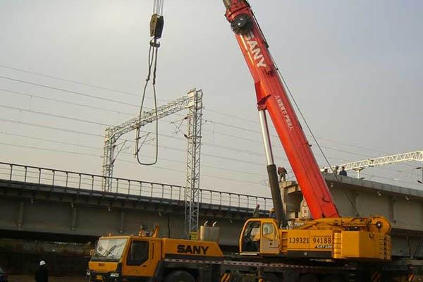重型设备吊装移位